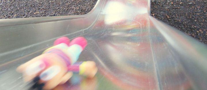 Ernie op de glijbaan