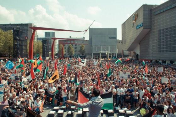 Gaza-demonstratie Schouwburgplein(1)