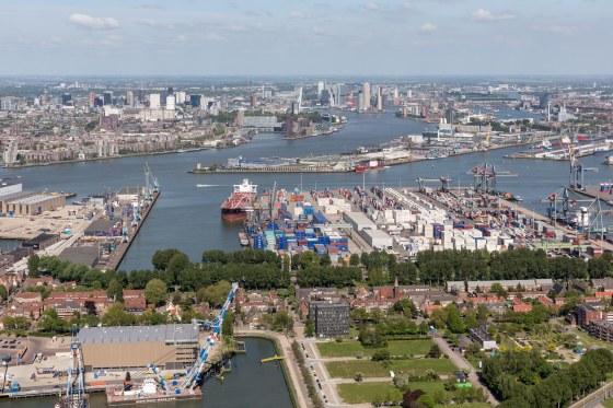 Locatie potentiele nieuwe stadbrug over de Maas aan westzijde