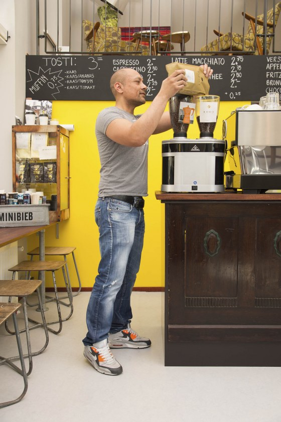 Portet eigenaar Espressobar Pretoria