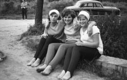 1961-Oostvoorne-Kruininger-gors-3-kleine-kleutertjes-op-brug